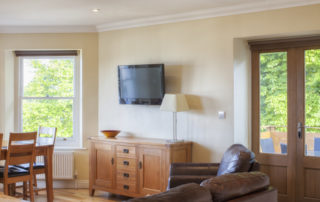 Cromwell_Lounge. Shanklin Villa Luxury Self Catering Holiday Apartments, Isle of Wight jpg