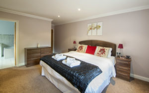 Cromwell_Master_ensuite Shanklin Villa Luxury Self Catering Holiday Apartments, Isle of Wight