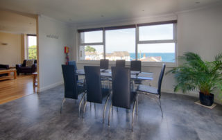 Montagu_Dining.Shanklin Villa Luxury Self Catering Holiday Apartments, Isle of Wight