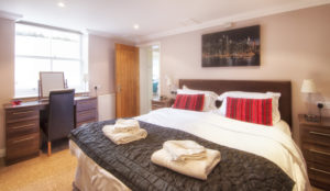 Mountbatten-Master_bedroom. Shanklin Villa Luxury Self Catering Holiday Apartments, Isle of Wight.